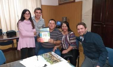 LA GALLARETA: ENTREGA DE LAS PRIMERAS DOS ESCRITURAS POR LEY PIERRI