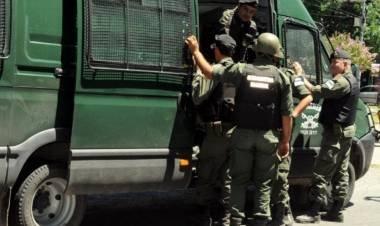 """GENDARMERÍA EN EL FORTÍN: """"Tuve miedo, hoy el fortín, no fue el mismo"""" Escribió Elio Sánchez."""