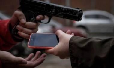 SAN FRANCISCO: Con un arma de fuego asaltó a un joven en la plaza Vélez Sarsfield: fue detenido