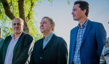 LAS VARILLAS: JUAN SCHIARETTI, CALVO Y CHIOCARELLO INAUGURARON LA OBRA DE DESAGÜES PLUVIALES