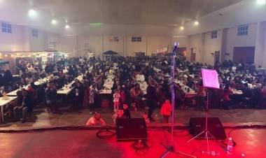 LAS VARAS: MAS DE 800 PERSONAS VIVIERON EL ENCUENTRO DE BANDAS